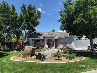 Bishop Single Family Home Pending Contingency: 2281 Shoshone Dr.