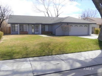 Bishop Single Family Home For Sale: 1440 Bear Creek