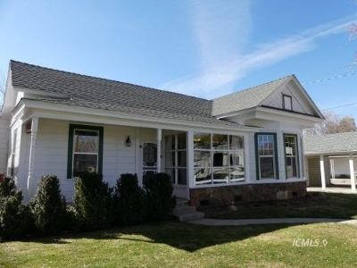 Big Pine Single Family Home For Sale: 561 S Main St