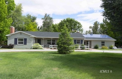 Big Pine, Bishop Single Family Home For Sale: 3587 W Line St