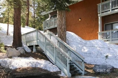 Mammoth Lakes Condo/Townhouse For Sale: 153 Lake Mary Rd #117