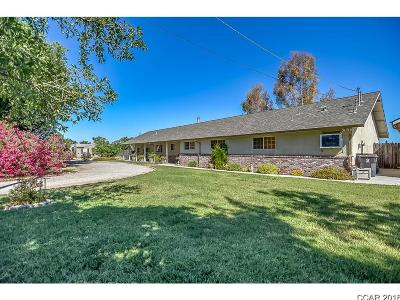 Stockton Single Family Home For Sale: 10967 Copperopolis Rd #1