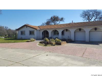 Valley Springs Single Family Home For Sale: 8627 Ospital Rd