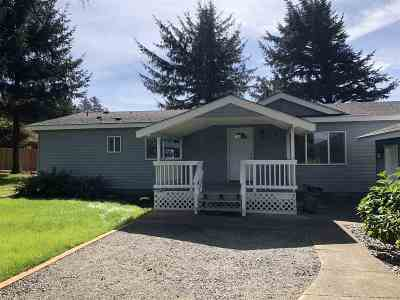Smith River Single Family Home For Sale: 13121 S Indian Road