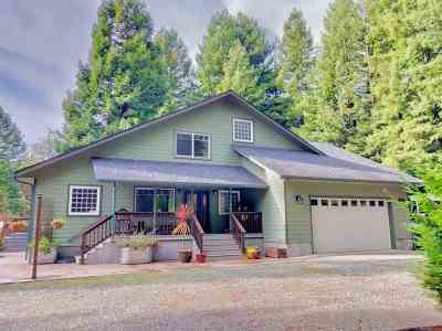 Crescent City Single Family Home For Sale: 115 Tamarak Drive