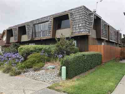Crescent City Single Family Home For Sale: 1045 S Pebble Beach Drive