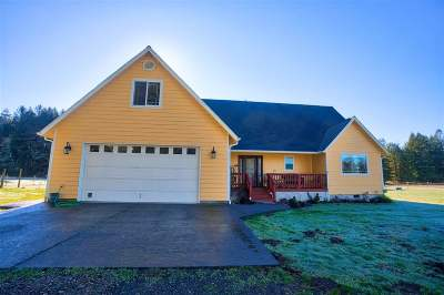 Crescent City Single Family Home Back Up: 2385 Morehead Road