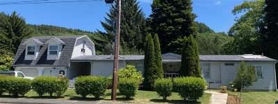 Klamath Single Family Home For Sale: 125 Azalea Drive