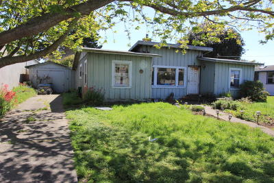Fort Bragg Single Family Home For Sale: 648 S Franklin Street