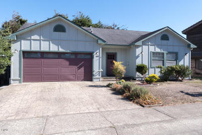 Fort Bragg Single Family Home For Sale: 180 Ebbing Way