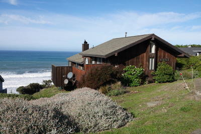 Mendocino County Single Family Home For Sale: 14850 Navarro Way