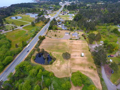 Fort Bragg Single Family Home For Sale: 18001 N Highway 1