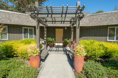Mendocino Single Family Home For Sale: 44900 Baywood Drive