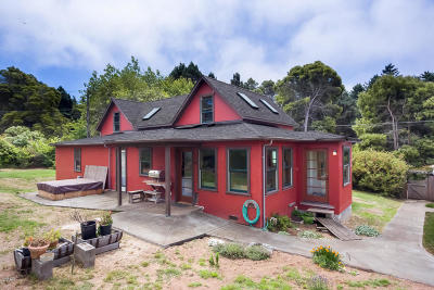 Fort Bragg Single Family Home For Sale: 32250 Rivers End Road