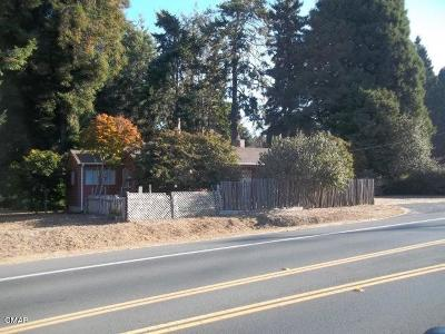 Fort Bragg Single Family Home For Sale: 32460 Highway 20