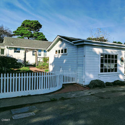 Mendocino Single Family Home For Sale: 44920/30 Ukiah Street