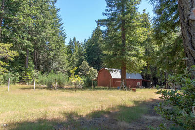 Albion Single Family Home For Sale: 30841 Middle Ridge Road