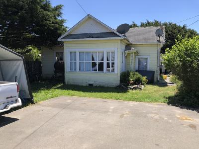 Fort Bragg Single Family Home For Sale: 726 E Chestnut Street