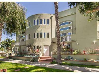 Santa Monica CA Condo/Townhouse Sold: $1,529,000
