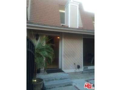 Venice Condo/Townhouse Closed: 13056 Maxella Avenue #4