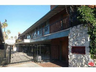 Santa Monica Condo/Townhouse Closed: 2033 Cloverfield #B