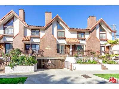 Condo/Townhouse Sold: 1611 Granville Avenue #3