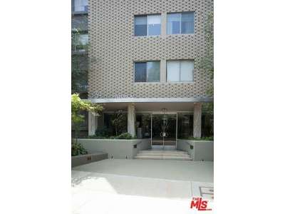 Hancock Park-Wilshire (C18) Condo/Townhouse Sold: 531 North Rossmore Avenue #404