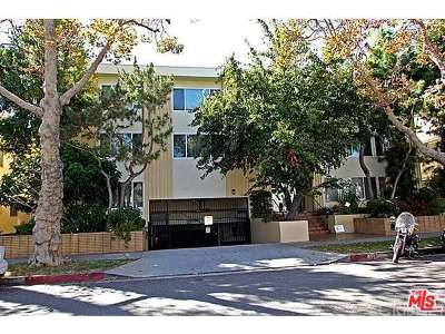 Beverly Hills Condo/Townhouse Closed: 165 North Swall Drive #305