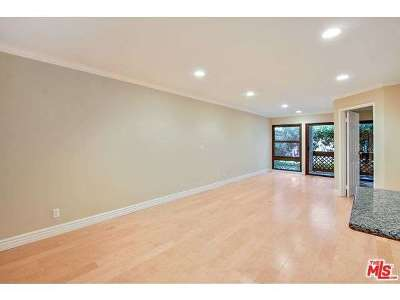 Playa Del Rey Condo/Townhouse Closed: 7765 West 91st Street #A1122