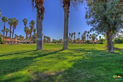 Palm Springs Condo/Townhouse For Sale: 3032 Regency Drive