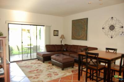 Cathedral City Condo/Townhouse For Sale: 67130 West Chimayo Drive