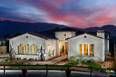 La Quinta Single Family Home Active Under Contract: 55121 Summer Lynn