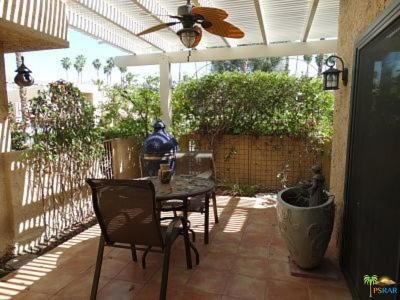 Palm Desert Condo/Townhouse For Sale: 47719 Date Palm Court