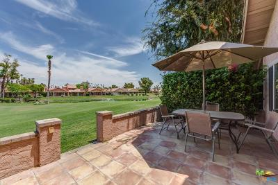 Palm Desert Condo/Townhouse For Sale: 42448 Sand Dune Drive