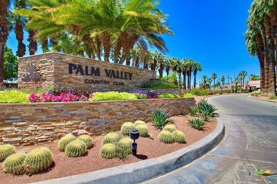 Palm Desert Condo/Townhouse For Sale: 38969 Wisteria Drive