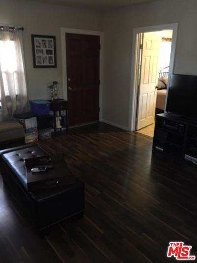 Los Angeles Single Family Home For Sale: 556 Bradshawe Avenue