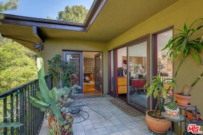 Hollywood Hills East (C30) Single Family Home For Sale: 6266 Rodgerton Drive