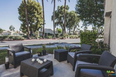 Palm Springs Condo/Townhouse For Sale: 1594 Fairway Circle