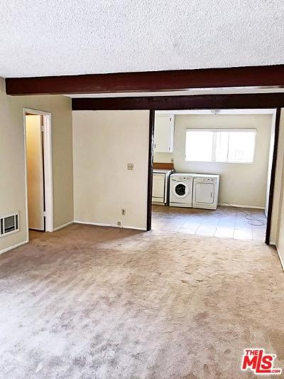 Inglewood Condo/Townhouse For Sale: 882 Victor Avenue #4