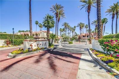 Palm Springs Condo/Townhouse For Sale: 2700 Golf Club Drive #19