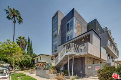 West Hollywood Condo/Townhouse For Sale: 1040 North Spaulding Avenue #5