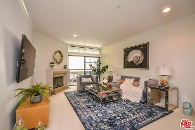 Beverly Hills Condo/Townhouse For Sale: 200 North Swall Drive #559