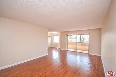 Glendale Condo/Townhouse For Sale: 600 West Stocker Street #212