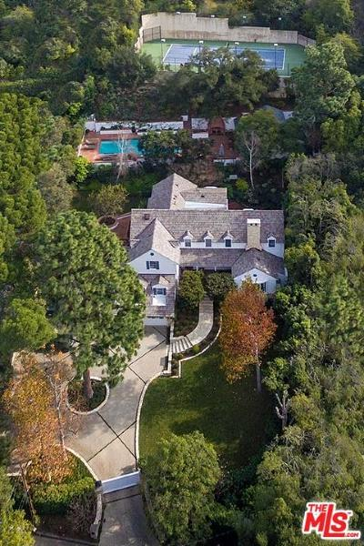 Beverly Hills Single Family Home For Sale: 9212 Hazen Drive
