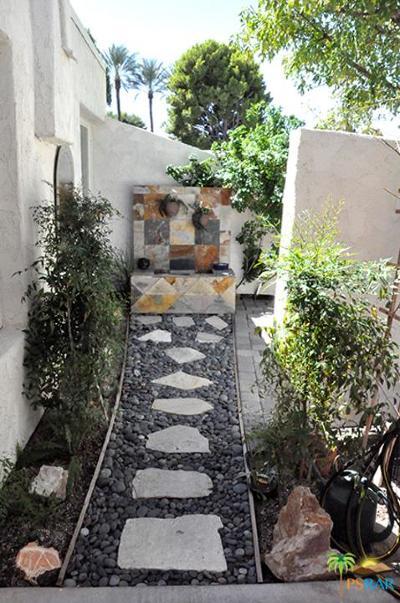Palm Springs Condo/Townhouse For Sale: 1528 Spyglass Plaza