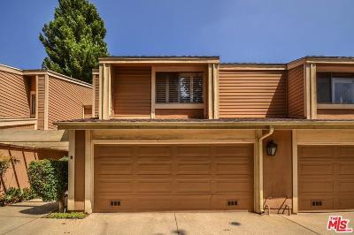 Northridge Condo/Townhouse For Sale: 18130 North Andrea Circle #3