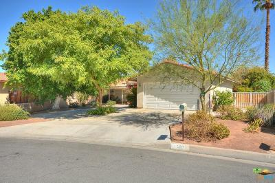 Palm Desert Single Family Home For Sale: 43619 Buena Circle