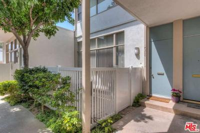 Burbank Condo/Townhouse For Sale: 4360 West Kling Street #6