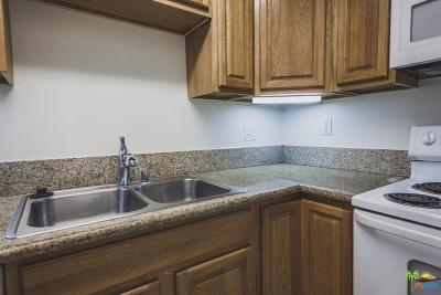 Palm Springs Condo/Townhouse For Sale: 575 North Villa Court #104