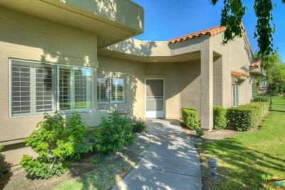 Rancho Mirage Condo/Townhouse For Sale: 44 Pebble Beach Drive